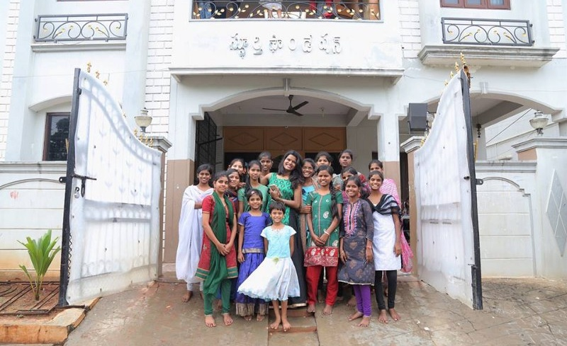 The Beautiful Story Of Sashi Vangapalli's Journey With Sphoorti Foundation